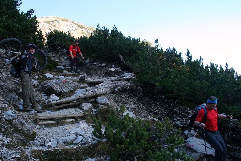 uphill-02